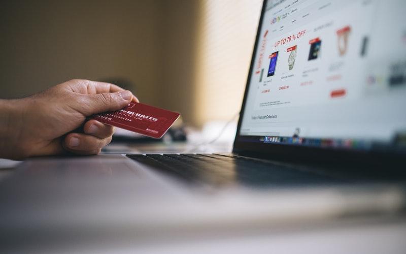 Kênh bán hàng online thương mại điện tử